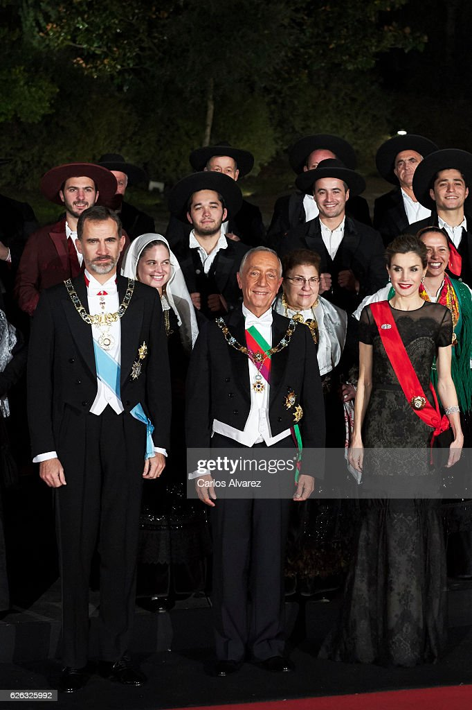 King Felipe of Spain (L), President of Portugal Marcelo Rebelo de Sousa (C) and Queen Letizia of Spain (R) attend a Gala Dinner at the Dukes of Braganza Palace during their official visit to Portugal on November 28, in Guimaraes, Portugal