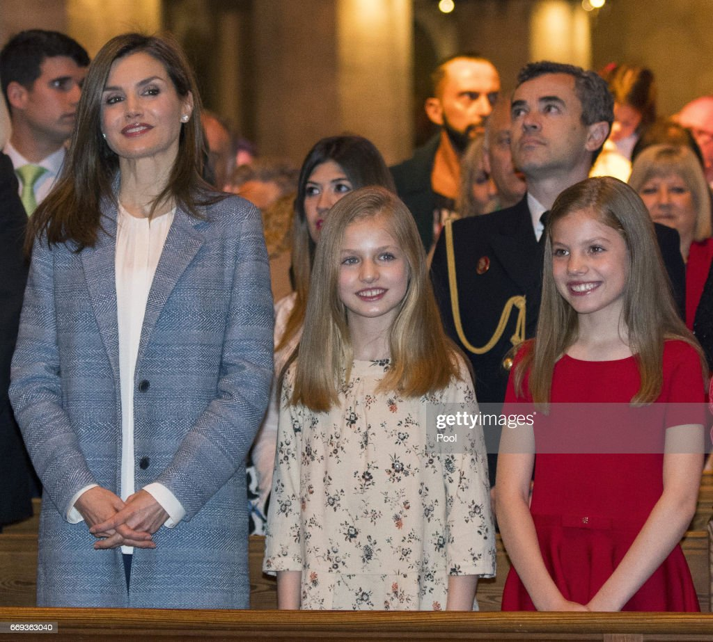 King Felipe of Spain, Queen Letizia of Spain, Princess Leonor and Princess Sofia attend the Easter Mass at the Cathedral of Palma de Mallorca on April 16, 2017 in Palma de Mallorca, Spain.
