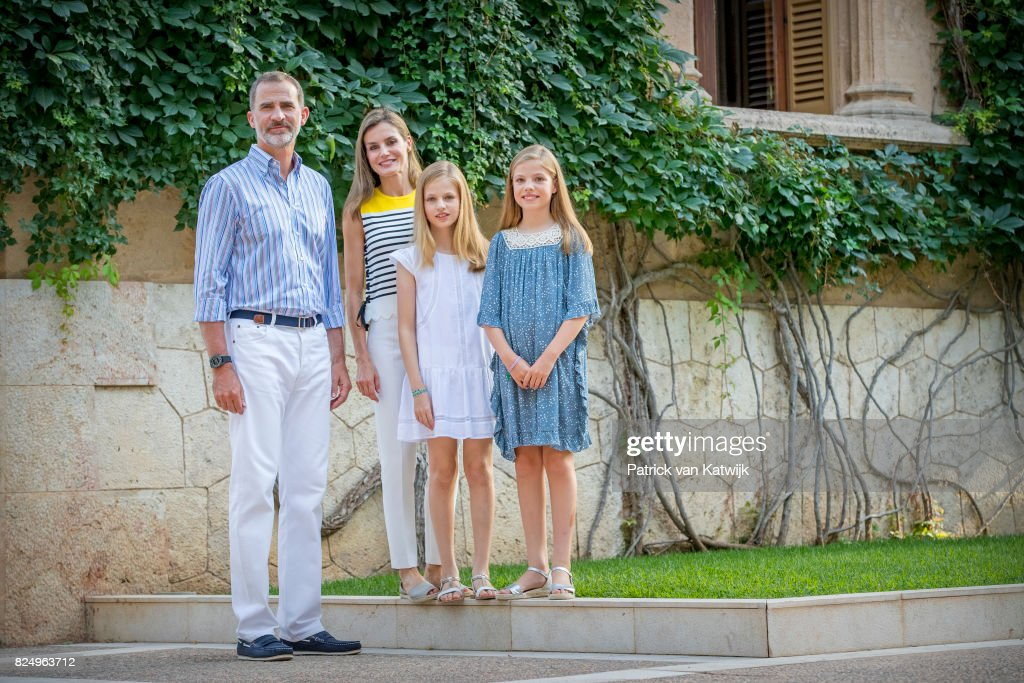 King Felipe of Spain, Queen Letizia of Spain, Princess Leonor of Spain and Princess Sofia of Spain attend the summer photocall on July 31, 2017 in Palma de Mallorca, Spain.