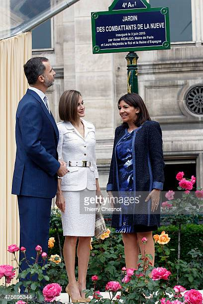 King Felipe VI and Queen Letizia of Spain with mayor of Paris Anne Hidalgo attend a ceremony inaugurating the 'Combattants de la Nueve' parc at Hotel...