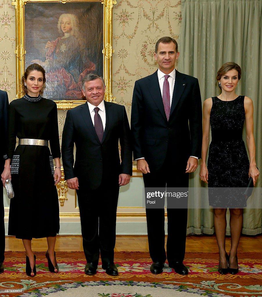 Spanish Royals Host a Dinner for Jordan Royals : News Photo