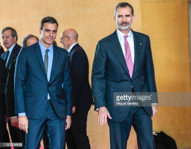 King Felipe VI and Spanish Prime Minister Pedro Sanchez arrive to the Mobile World Congress in Barcelona on February 25, 2019. - Phone makers will...