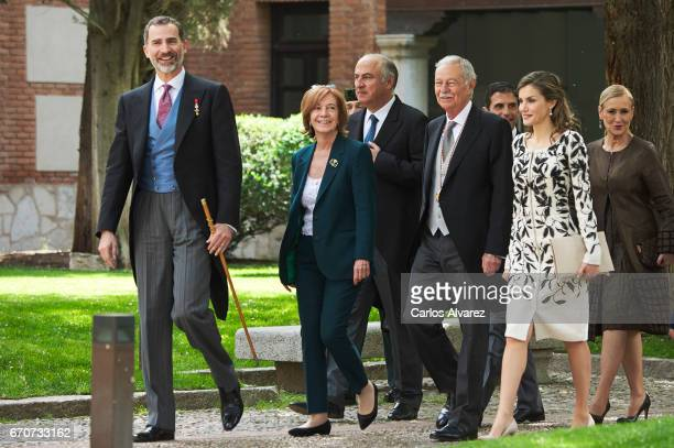 King Felipe VI of Spain Ana Soler Spanish author Eduardo Mendoza Queen Letizia of Spain and President of the Community of Madrid Cristina Cifuentes...