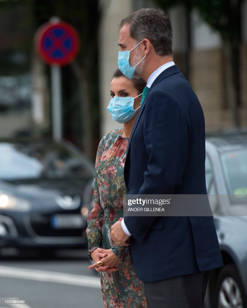 King Felipe Vi Of Spain And His Wife Queen Letizia Wear Face Masks News Photo Getty Images