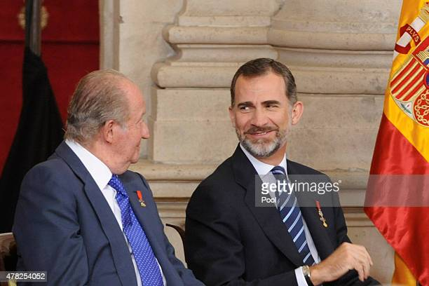 King Felipe VI of Spain and King Juan Carlos attend the 30th Anniversary of Spain being part of European Communities at the Royal Palace on June 24...