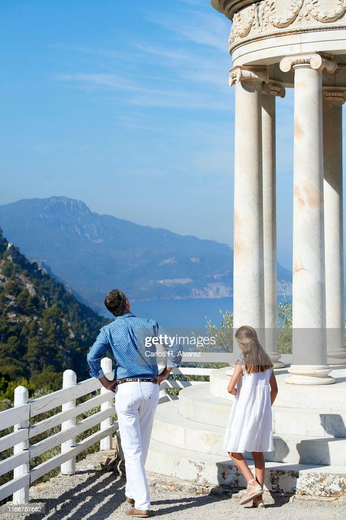 Spanish Royals Visit 'Son Marroig' Museum : News Photo