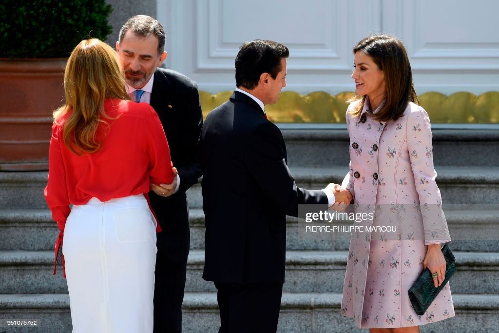 King felipe vi of spain and queen letizia greet mexican president spain mexico diplomacy royals news photo m4hsunfo