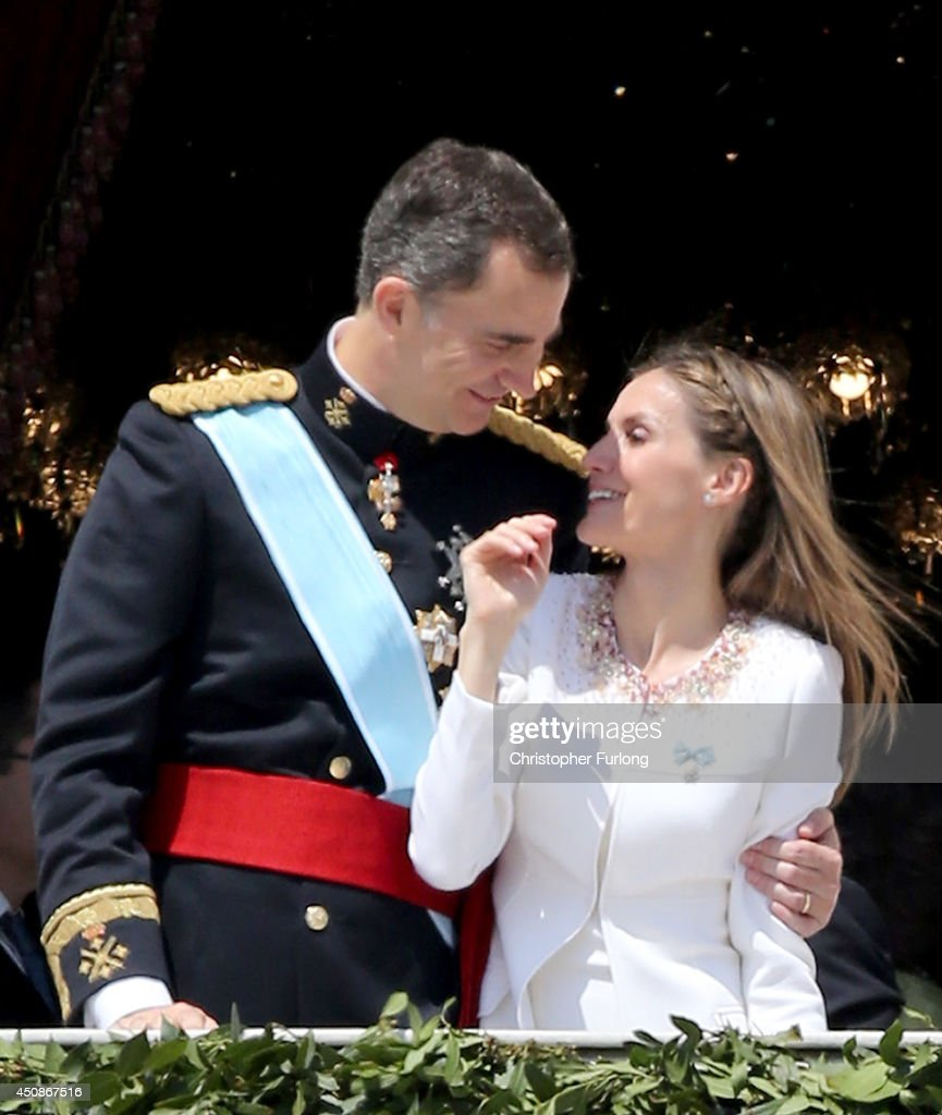 The Coronation Of King Felipe VI And Queen Letizia Of Spain : Nieuwsfoto's