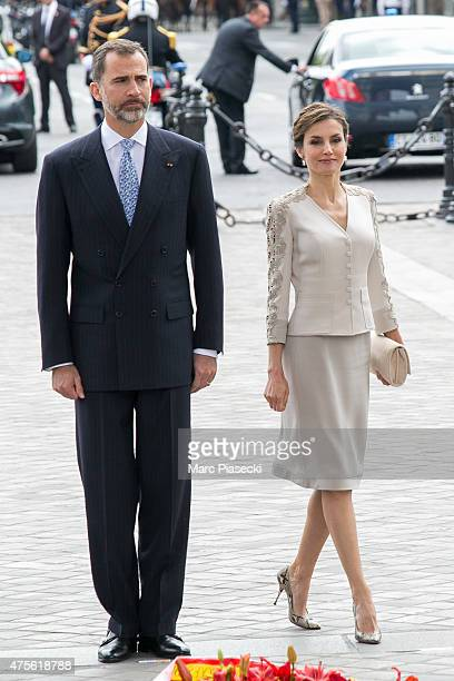 King Felipe VI of Spain and Queen Letizia of Spain are seen at Arc de Triomphe during the first day of a threedays official visit on June 2 2015 in...