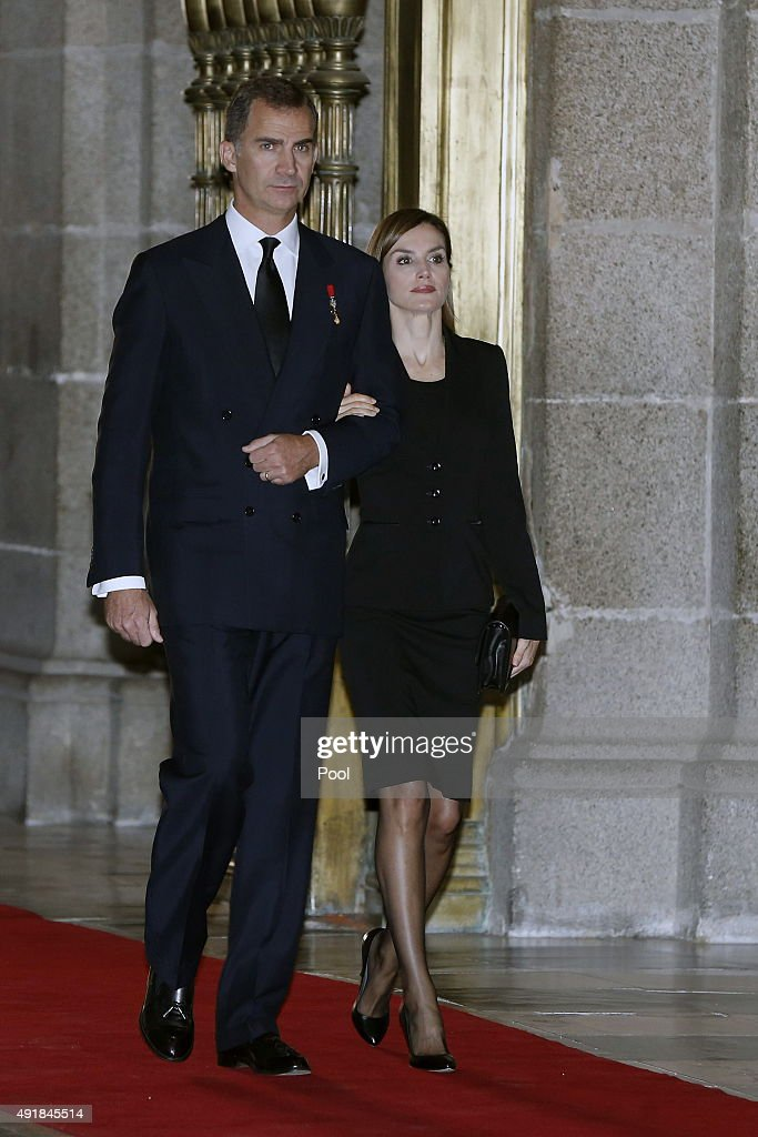 King Felipe VI of Spain and Queen Letizia of Spain arrive at El Escorial Monastery for a Corpore Insepulto Mass of Spain's Duke of Calabria, Carlos de Borbon Dos Sicilias on October 8, 2015 in San Lorenzo de El Escorial, Spain. Carlos de Borbon was born in 1938 and attended school with King Juan Carlos, where they became very good friends. He ranked first in the line of succession after the descendants of Don Juan Carlos and Queen Sofia.