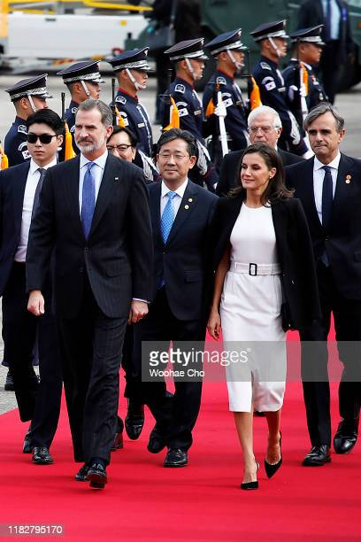 King Felipe VI of Spain and Queen Letizia of Spain arrive at the Seoul Air Base on October 23, 2019 in Seongnam, South Korea. King Felipe VI of Spain...