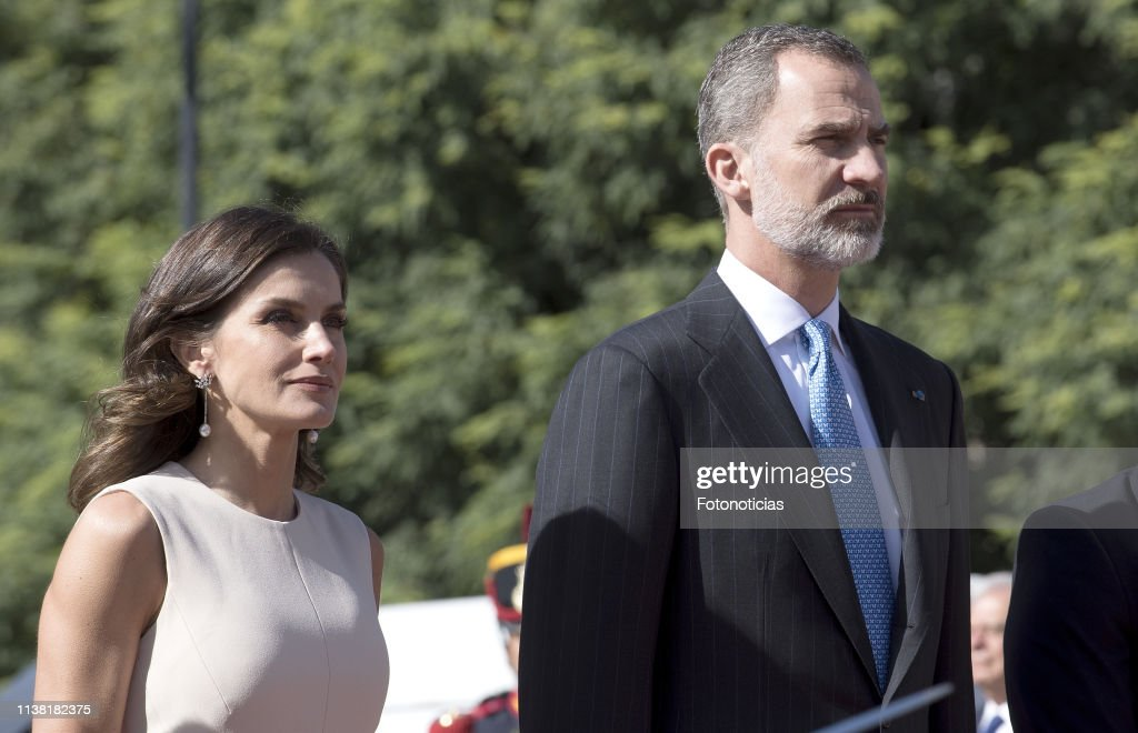 ARG: King Felipe II and Queen Letizia Visit Buenos Aires - Day 1