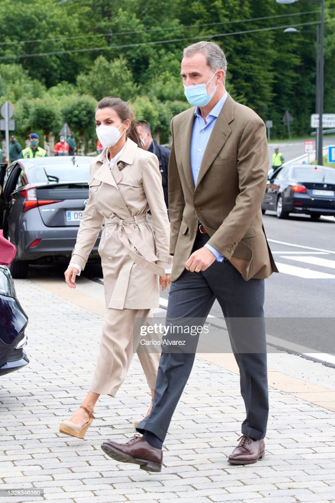 Spanish Royals Attend Jacobean Year 2021-2022 : News Photo