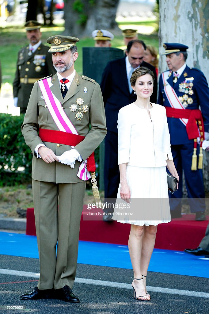 Spanish Royals Attend Armed Forces Day 2015 : News Photo