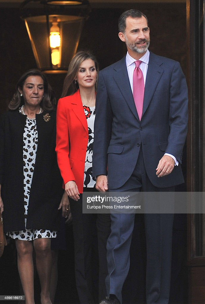 King Felipe VI of Spain and Queen Letizia of Spain (C) attend the 75th aniversary of CSIC at CSIC headquarters on November 24, 2014 in Madrid, Spain.