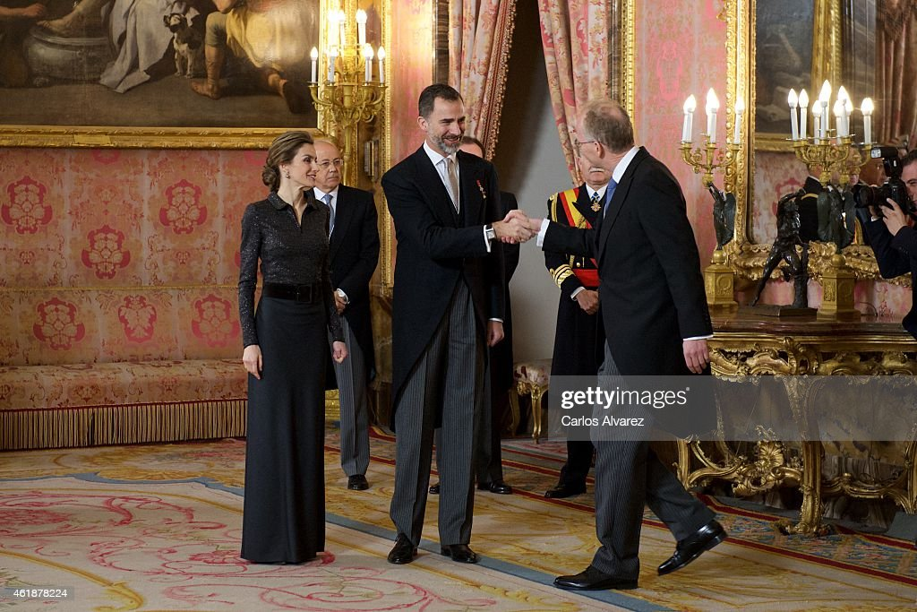 King Felipe VI of Spain (C) and Queen Letizia of Spain (L) attend the annual Foreign Ambassadors reception at the Royal Palace on January 21, 2015 in Madrid, Spain.