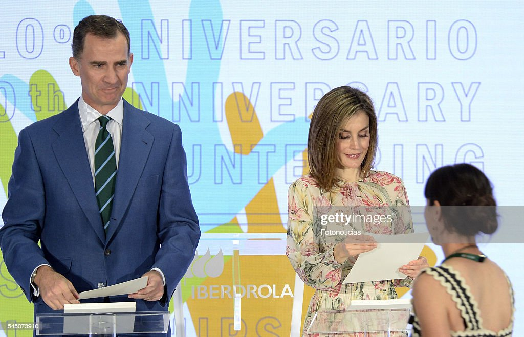 Spanish Royals Deliver Iberdrola Foundation Scholarships : News Photo