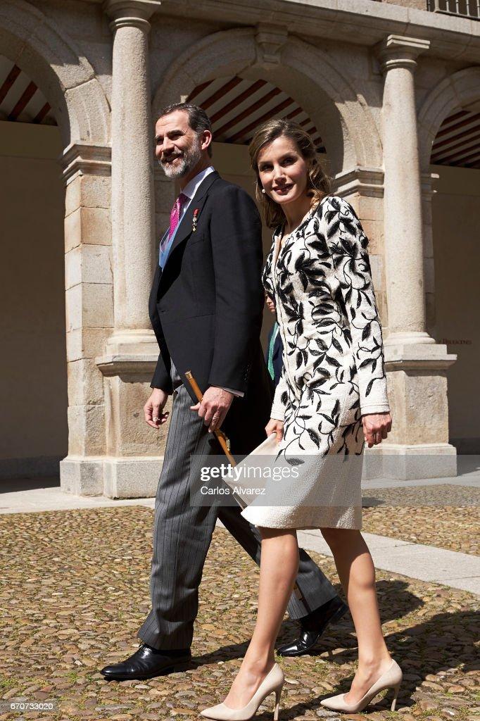 King Felipe VI of Spain and Queen Letizia of Spain attend the 'Miguel de Cervantes 2016' Award, given to Spanish writer Eduardo Mendoza, at Alcala de Henares University on April 20, 2017 in Alcala de Henares, Spain.