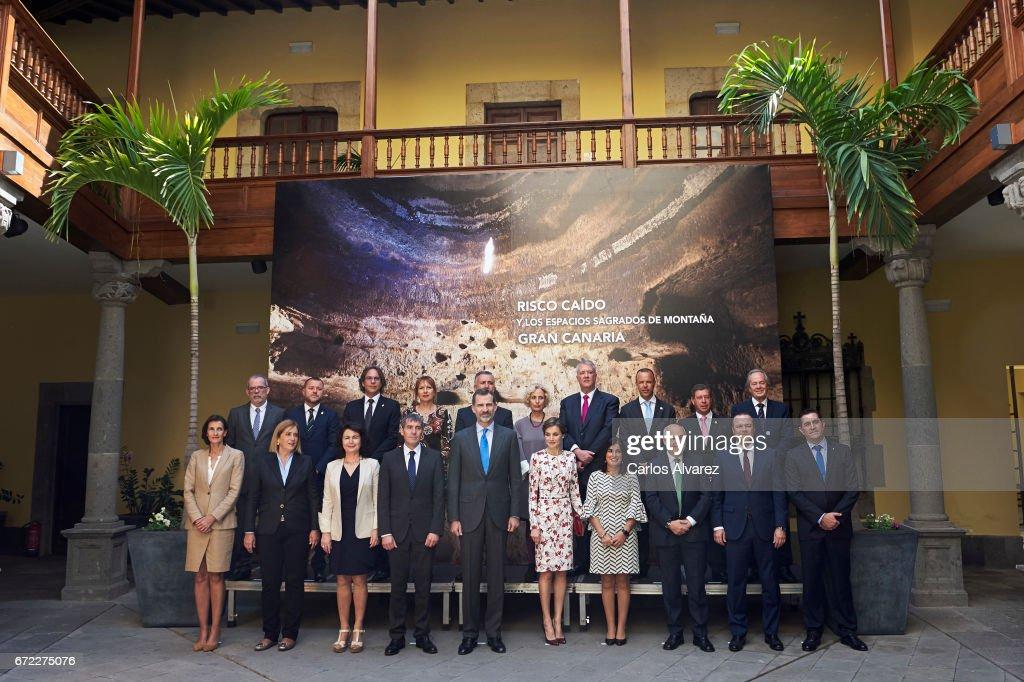 King Felipe VI of Spain (5L) and Queen Letizia of Spain (5R) attend the presentation on the Unesco World Heritage candidature of the Cultural Landscape of 'Risco Caido and Espacios Sagrados de Montana de Gran Canaria' at Casa de Colon on April 24, 2017 in Las Palmas de Gran Canaria, Spain.