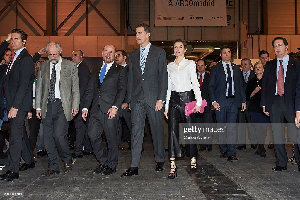 King Felipe VI of Spain and Queen Letizia of Spain (C) attend the opening of ARCO 2016 at Ifema on February 25, 2016 in Madrid, Spain.