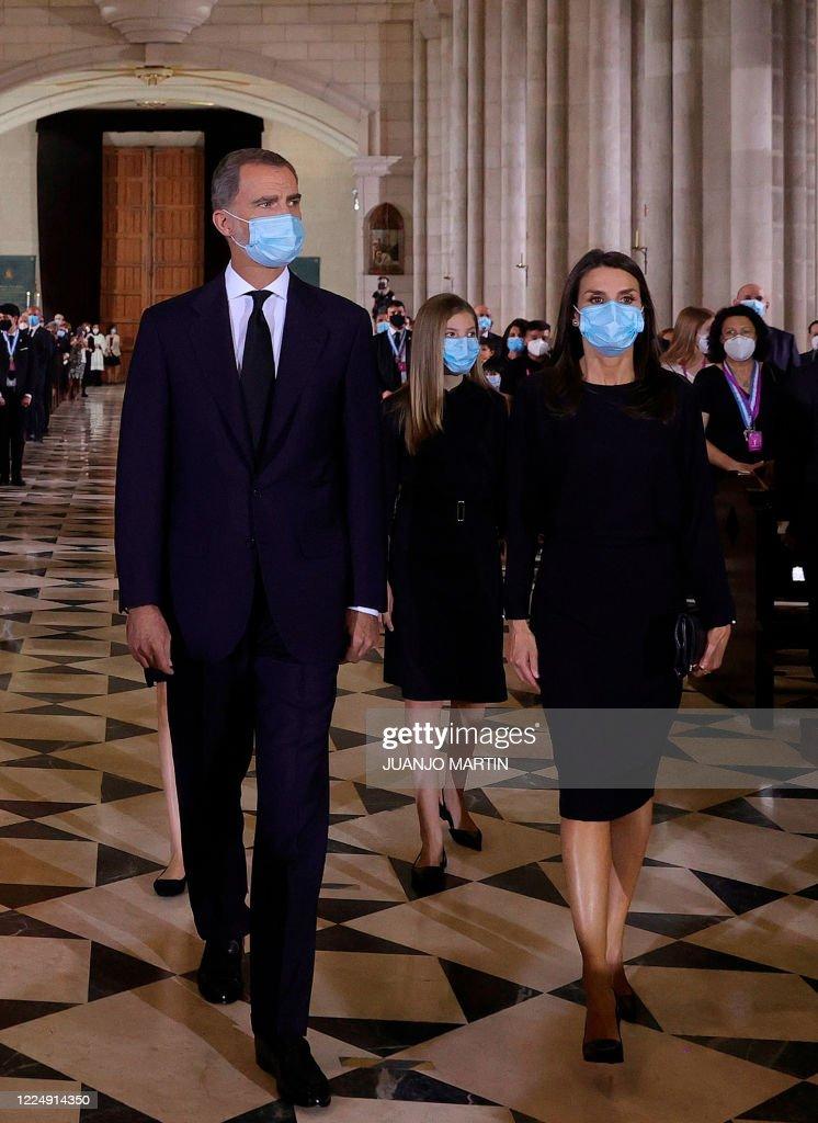 SPAIN-HEALTH-VIRUS-FUNERAL-ROYALS : Foto di attualità