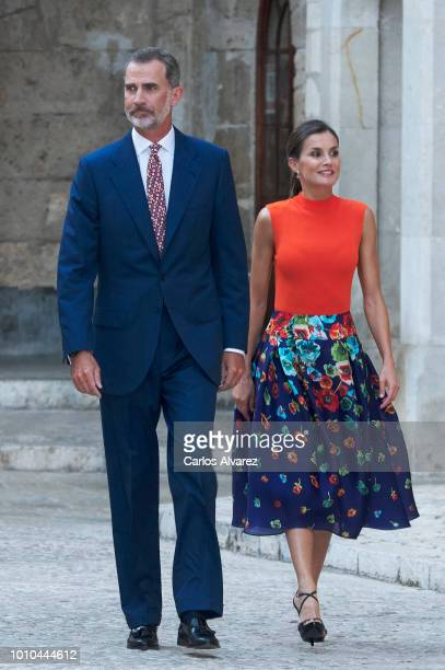 King Felipe VI of Spain and Queen Letizia of Spain host a dinner for authorities at the Almudaina Palace on August 3, 2018 in Palma de Mallorca,...