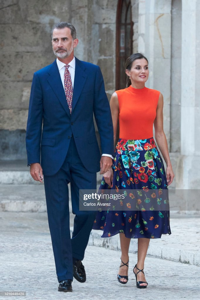 King Felipe VI of Spain and Queen Letizia of Spain host a dinner for authorities at the Almudaina Palace on August 3, 2018 in Palma de Mallorca, Spain.