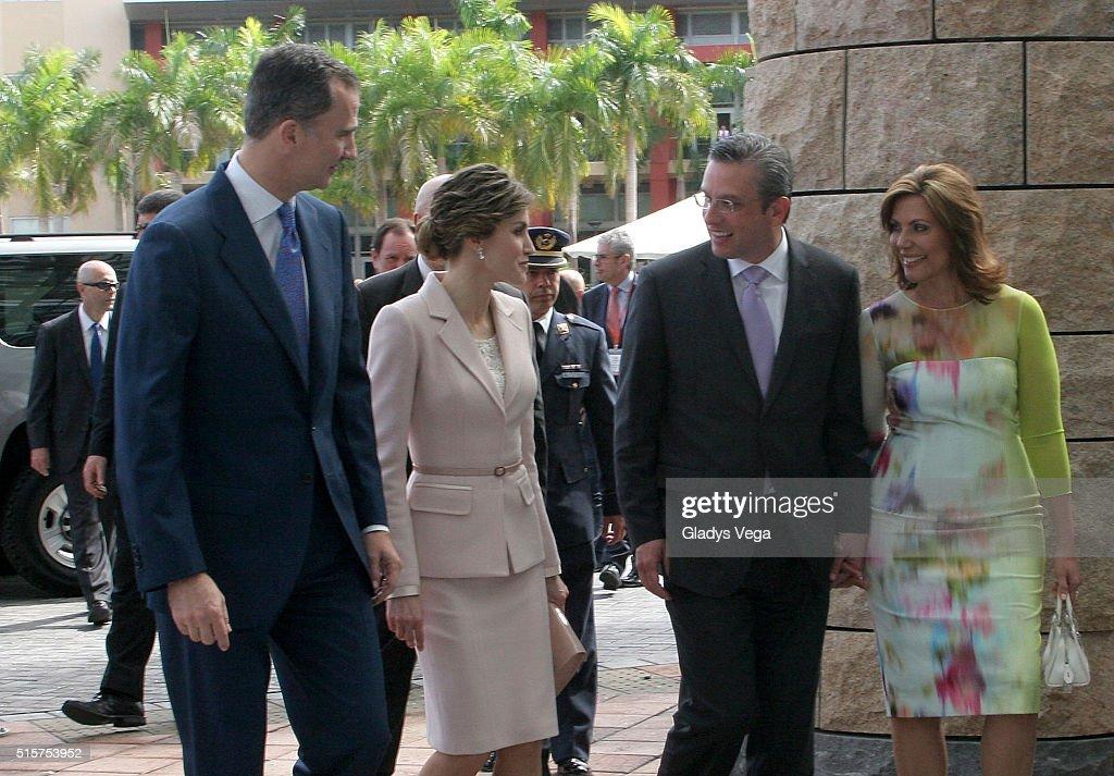 King Felipe VI and Queen Letizia of Spain Visit San Juan, Puerto Rico - Day 1 : News Photo