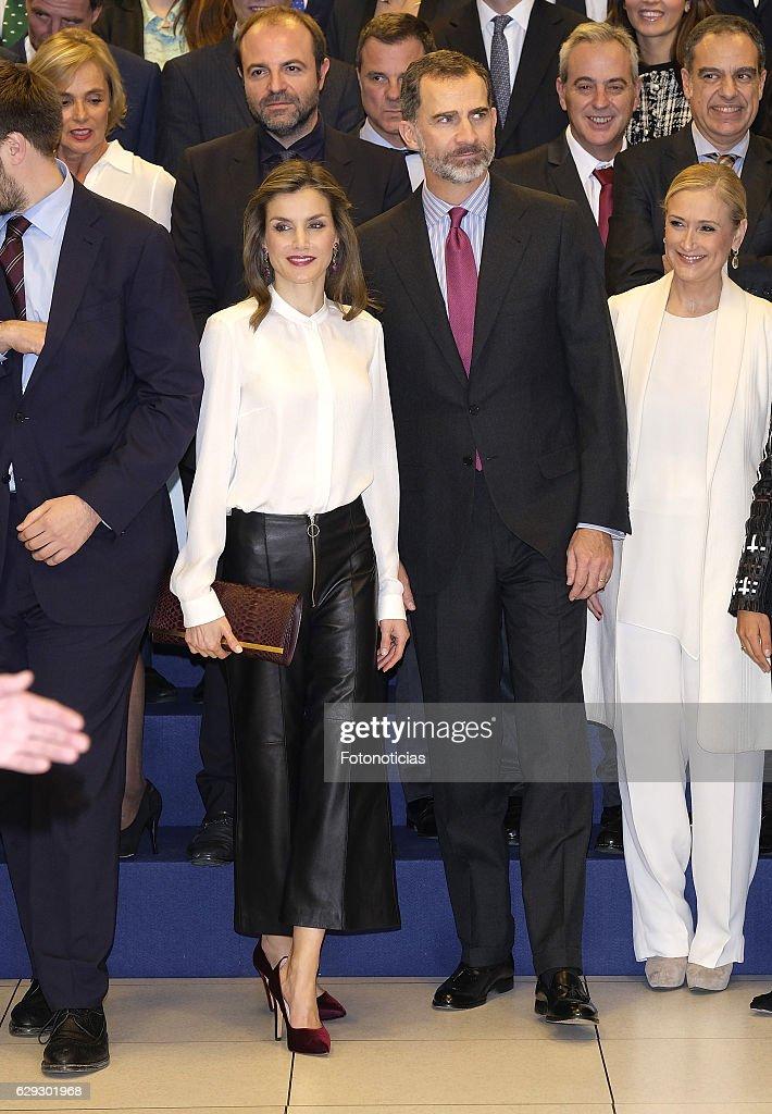 Spanish Royals Visit Zeta Group On Its 40th Anniversary : Nachrichtenfoto