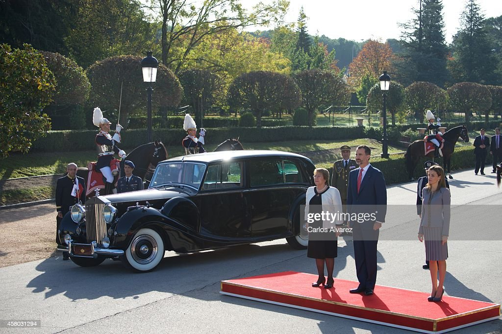 Spanish Royals Receive President of Chile Michelle Bachelet