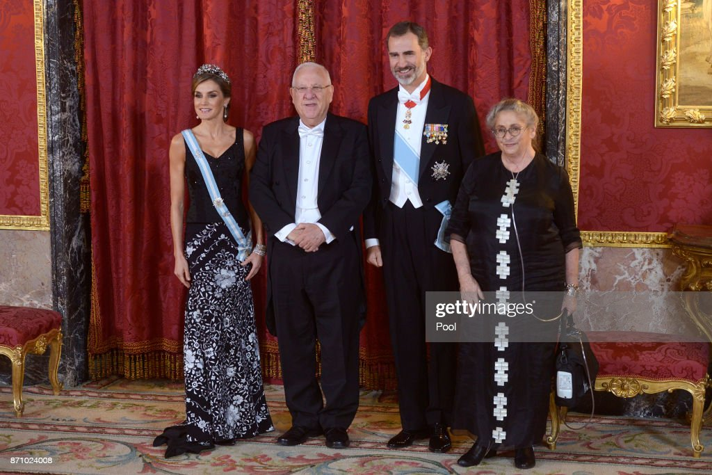 King Felipe VI of Spain (2R) and Queen Letizia of Spain (L) receive Israeli President Reuven Rivlin (2L) and wife Nechama Rivlin (R) for a Gala Dinner at the Royal Palace on November 6, 2017 in Madrid, Spain.