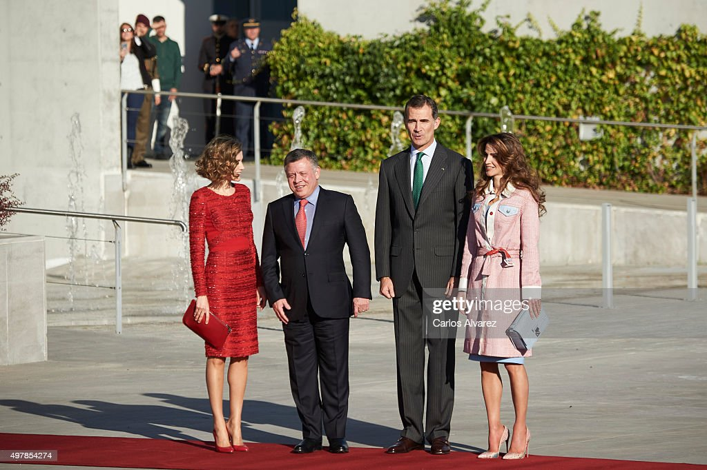 Spanish Royals Receive Jordan Royals at Madrid Airport