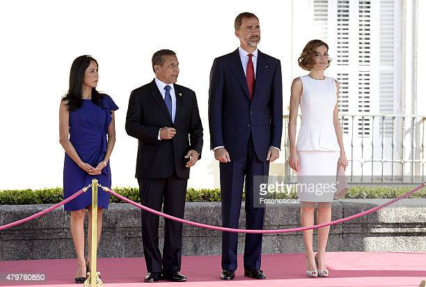 King Felipe VI of Spain and Queen Letizia of Spain receive Peruvian President Ollanta Humala Tasso and wife Nadine Heredia Alarcon at El Pardo Palace...