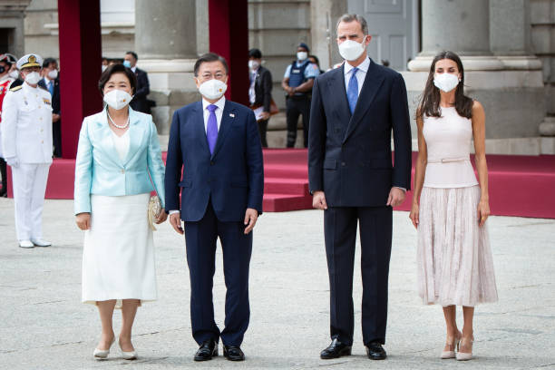 ESP: Spanish Royals Receive President Of South Corea