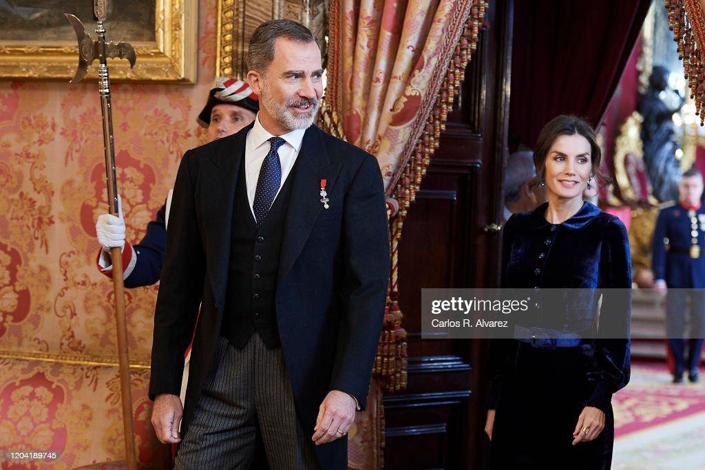 Spanish Royals Receive The Diplomatic Corps At Zarzuela Palace : ニュース写真