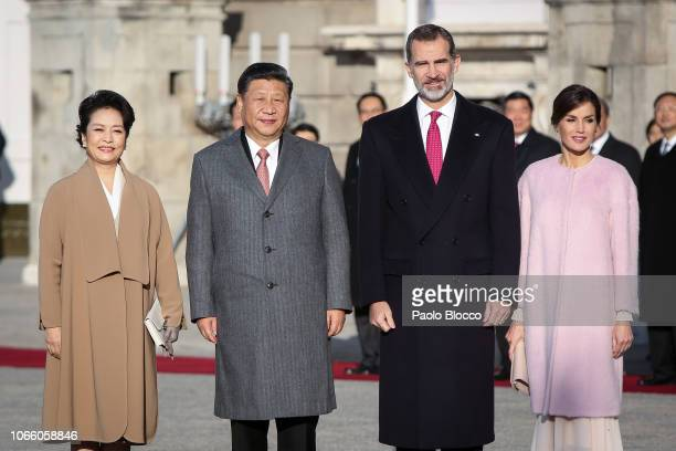 King Felipe VI of Spain and Queen Letizia of Spain receives Chinese president Xi Jinping and wife Peng Liyuan at the Royal Palace on November 28 2018...