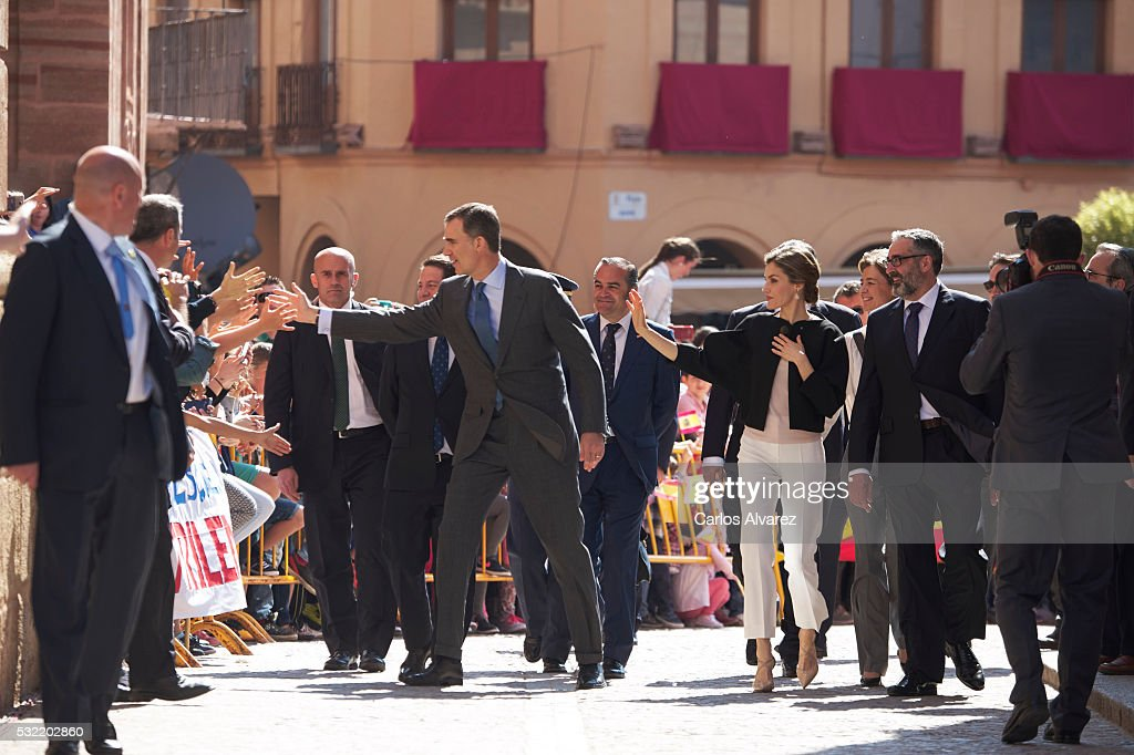Spanish Royals Commemorate 4th Centenary Of the Death Of Miguel de Cervantes : News Photo