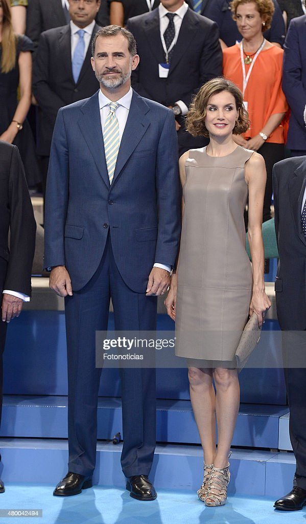 Spanish Royals Visit Telecinco Tv Channel : News Photo
