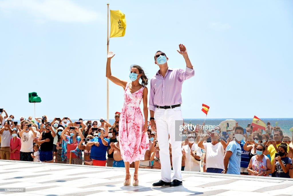 Spanish Royal Tour - Benidorm : Nachrichtenfoto