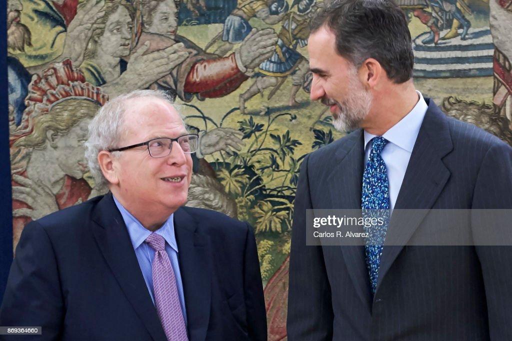 King Felipe VI of Spain (R) attends several audiences at Zarzuela Palace on November 2, 2017 in Madrid, Spain.