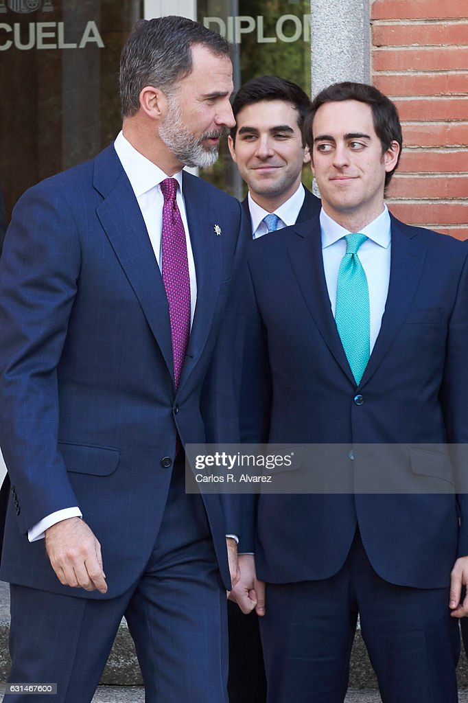 King Felipe VI of Spain (L) attends the deliver of new positions for the assistants of Diplomats on January 11, 2017 in Madrid, Spain.