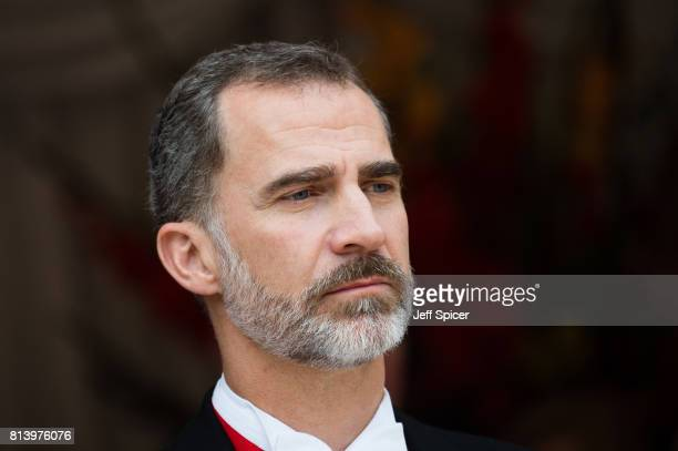 King Felipe VI of Spain attends the Lord Mayor's Banquet at the Guildhall during a State visit by the King and Queen of Spain on July 13, 2017 in...