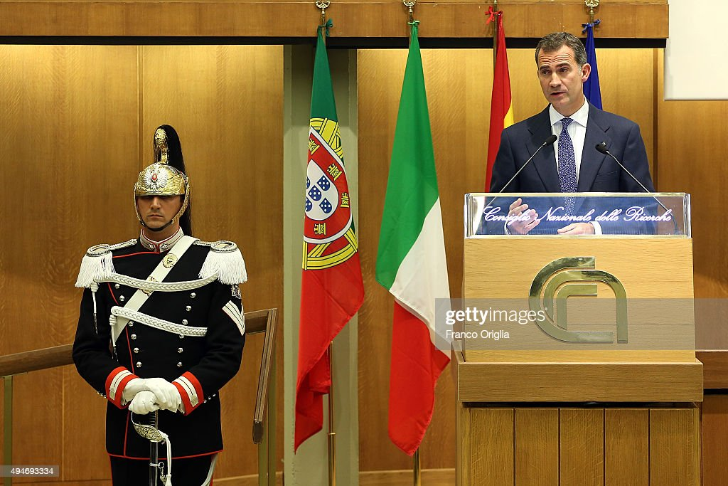 King Felipe VI of Spain delivers a speech during the 10th COTEC Symposium meeting on October 28, 2015 in Rome, Italy.