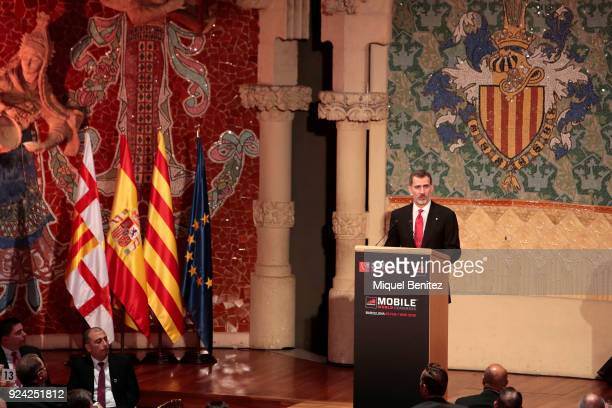 King Felipe VI of Spain gives a speech during the official dinner of the Mobile World Congress 2018 at Palau de la Musica on February 25, 2018 in...