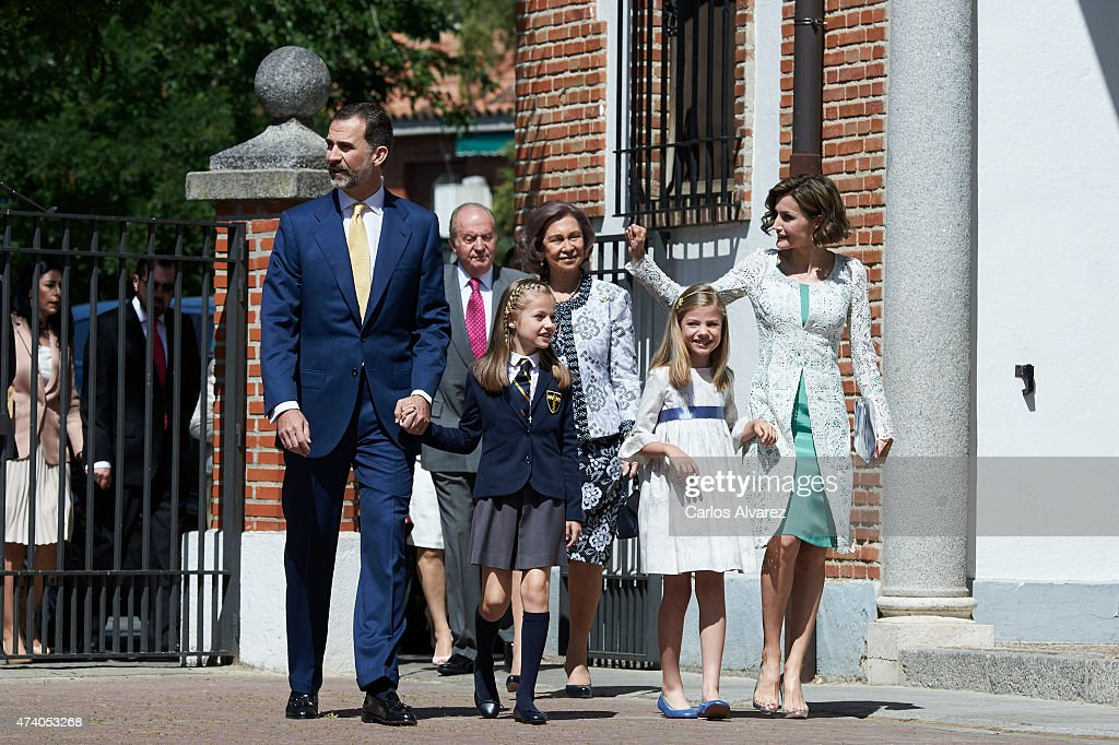 King Felipe VI of Spain, King Juan Carlos, Princess Leonor of Spain, Queen Sofia, Princess Sofia of Spain and Queen Letizia of Spain arrive at the Asuncion de Nuestra Senora Church for the First Communion of the Princess Leonor of Spain on May 20, 2015 in Aravaca, near of Madrid, Spain.