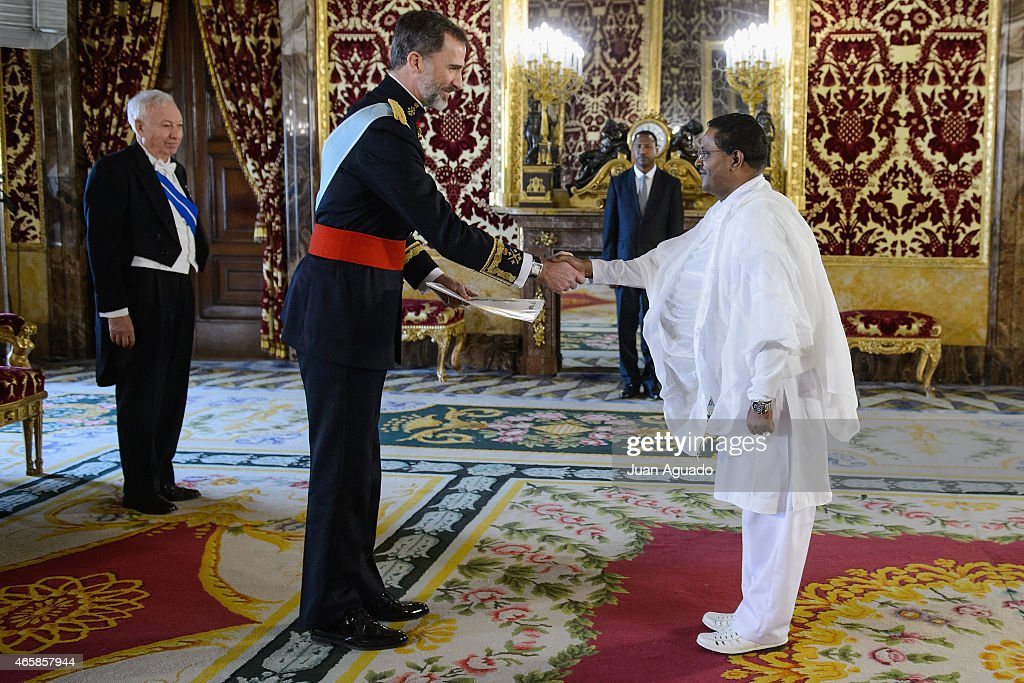 King Felipe VI of Spain meet Ambassador of Ethiopia Nega Tsegaye... News  Photo - Getty Images