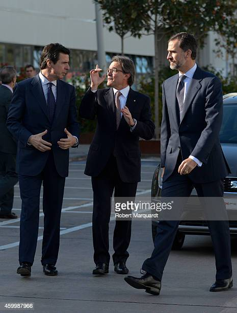 King Felipe VI of Spain President of Catalonia Artur Mas and Spanish Minister of Industry Jose Manuel Soria visit the SEAT Factory on December 5 2014...