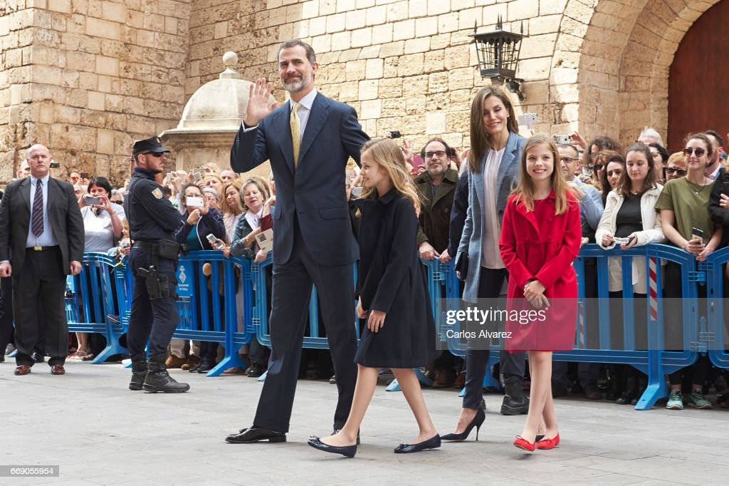 Spanish Royals Attends Easter Mass In Palma de Mallorca : News Photo
