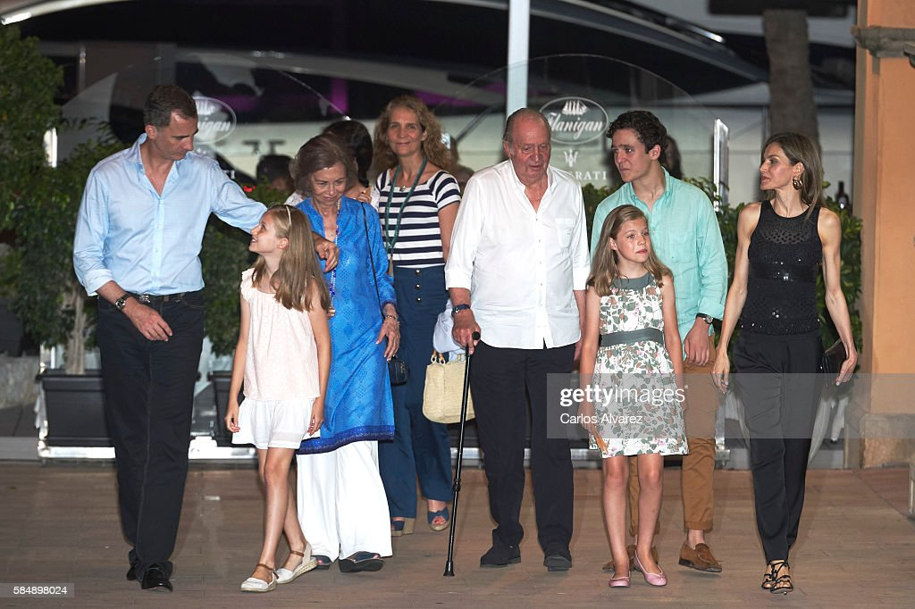 King Felipe VI of Spain, Princess Leonor of Spain, Queen Sofia, Victoria Federica Marichalar, Princess Elena of Spain, King Juan Carlos, Princess Sofia of Spain, Felipe Juan Froilan Marichalar and Queen Letizia of Spain are seen at the Flaningan Restaurante on July 31, 2016 in Portals Nous, near of Palma de Mallorca, Spain.