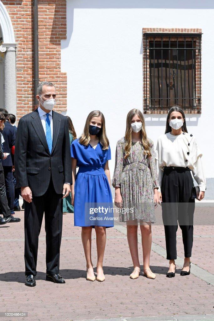 Princess Leonor Receives The Sacrament Of Confirmation : Nachrichtenfoto